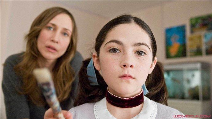 伊莎贝尔·福尔曼孤儿怨剧照 其在影片中塑造了个怎样的形象