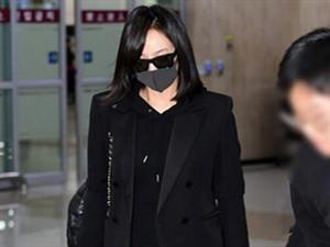 宋茜抵达韩国吊唁雪莉 揭露宋茜和雪莉的关