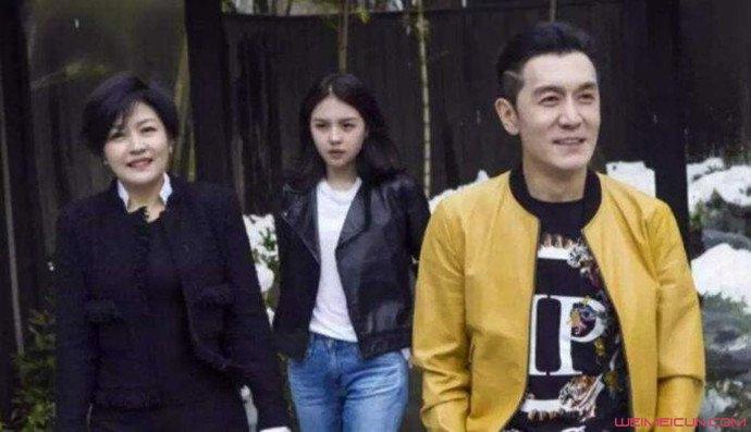 哈文李咏与女儿