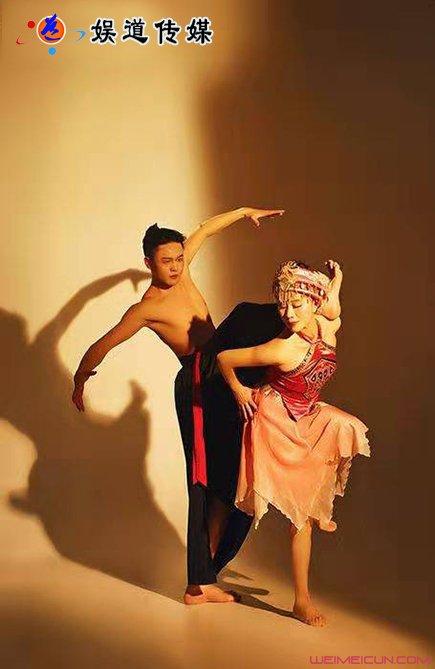 中國原生態舞蹈家夏冰