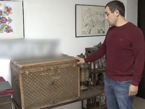 夫妇用LV行李箱装鸡饲料 130历史的奢侈品最后被捐了