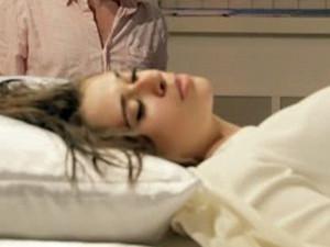少女最长昏睡70天 详情曝光这个国家的发病率较高