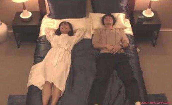 龙梦柔双人床