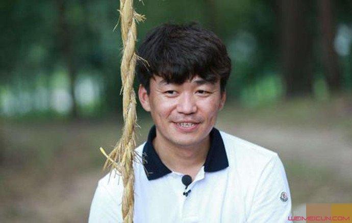 王宝强与女友同居