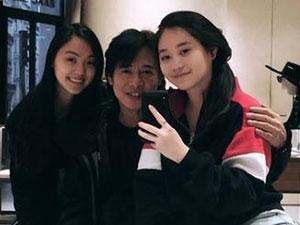 李连杰女儿成人礼 父女三人合照曝光两个女儿都很美