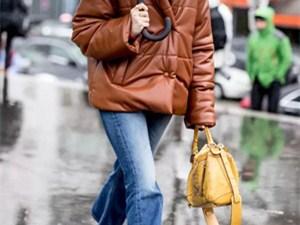穿羽绒服适合搭配什么包 推荐几种简易又fashion的搭法