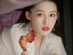 李沁体重上热搜 小姐姐最胖照曝光拍戏吃鸡