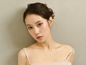 张庭菲哪里人 90后女演员张艺伟为什么改名