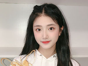 AKB48胡馨尹年龄 高颜值小姐姐胡馨尹为什么叫小蝴蝶