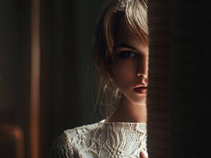 女生喜欢一个人的迹象 细节征兆暗示她对你有意思