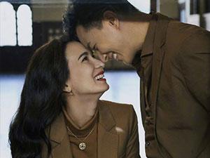 韩庚夫妻婚后首封 甜蜜对视幸福满满韩庚写