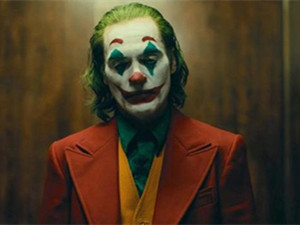 小丑主演被逮捕怎么回事 华金·菲尼克斯被