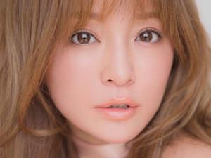 滨崎步与男友约会照 自曝未婚生子圈外男子