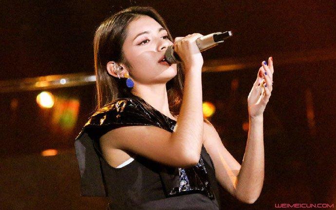 歌手李佩玲个人资料