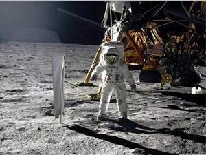 为什么现在没人能登月?