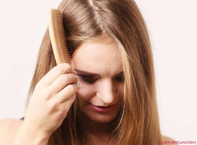 女生为什么会脱发