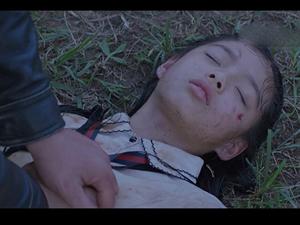 大蛇2最后小女孩死了没 结局原来是这个意思
