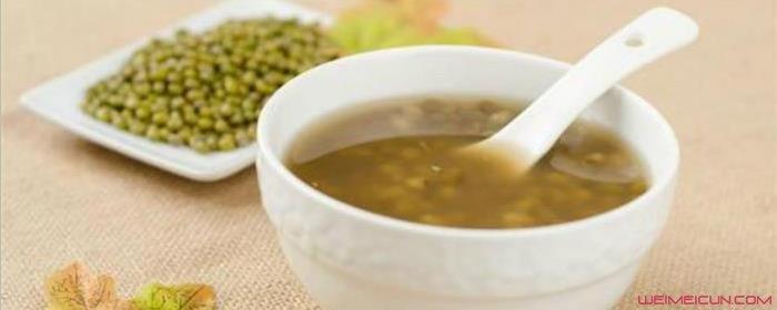 铁锅炖的绿豆汤为什么是黑色