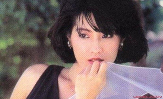 费玉清姐姐年轻时