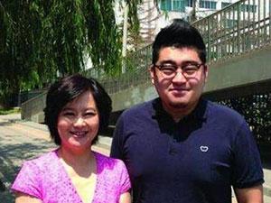 鞠萍27岁儿子近照 星二代蒋翼遥的爸爸究竟是谁
