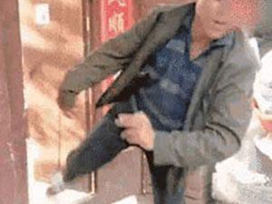 朱之文回应家门被踹 这暴力的一脚让人看到