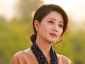 演员殷桃的感情史 曾结婚1年后离婚短暂婚姻