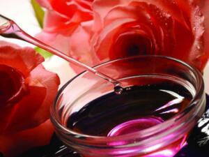 玫瑰精油为什么那么贵?