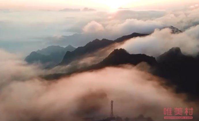 流云飞瀑是怎么形成的