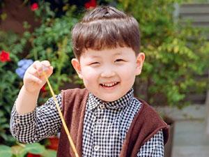 奇妙小森林小宝是谁 原来是小童星张嘉灏的