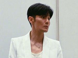 李荣浩发文终于见到观众了 粉丝调侃盯着提
