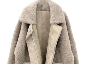 羊驼毛大衣怎么挑选?
