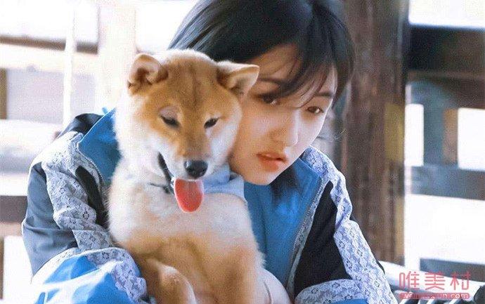 张子枫对小O说母亲节快乐