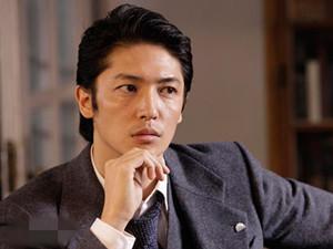 日本人气演员玉木宏当爸 与妻子南晴夏结婚