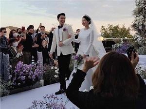 神话JUNJIN举办婚礼 神话成员全部出席