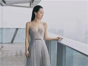 白冰穿高奢品牌礼服出席活动 被品牌方指责