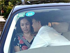 蒋雯丽车震门是真是假 事件男主角真的是陈奕迅吗