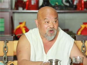 老演员李琦接受采访发表对嫖娼的看法 遭网