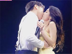 李晟敏与妻子热舞接吻拉票失败 竟然获得了0