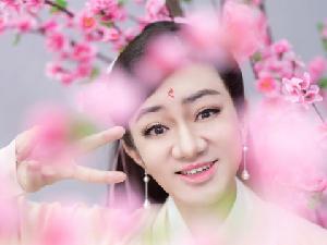 王祖蓝cos凤九 自称是四海八荒第二美女