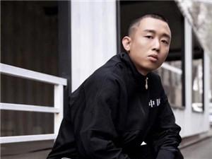 多名大V曝说唱歌手GAI吸毒 公司怒发声明辟