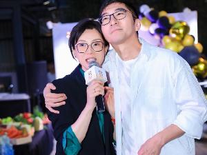陈数为老公赵胤胤庆生 打破两人离婚传言