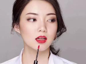王佩雯回应与张哲瀚恋情 已在去年三月份分