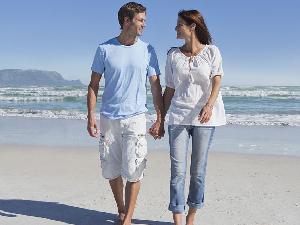 恋爱中的情侣该不该同居 婚前同居的利弊有哪些