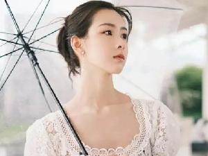 尹正陈都灵被拍同回酒店和小区 二人恋情疑