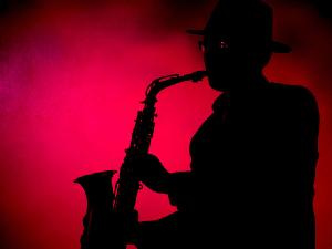 最骚的乐器萨克斯 五首萨克斯神曲