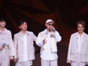 林志炫回应跌落舞台 抱歉打扰到大家末端的