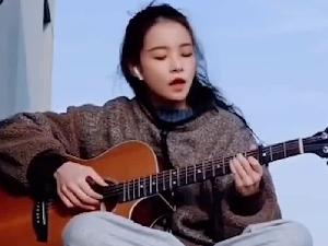 清华首个AI虚拟学生华智冰露脸开唱 网友直呼太美了